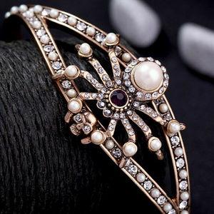 Halloween pearl rhinestone spider cuff bracelet